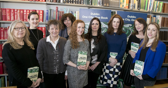 The Long Gaze Back is Dublin: One City One Book 2018 Ardmhéara Bhaile Átha Cliath Mícheál Mac Donncha, launches the 2018 Dublin: One City One Book programme of events on the eve of International Women's Day, Wednesday, 7th March, 2018 at 11am in Pearse Street Library and Archive, 138-144 Pearse Street, Dublin 2. The Long Gaze Back – An Anthology of Irish Women Writers edited by Sinéad Gleeson joins a long list of illustrious titles as this year's featured book in the Dublin: One City One Book Festival. As suggested by the title, this book is rooted in the present with emerging writers, while looking back to the flag bearers of Irish women's writing. The month-long festival will feature dramatised readings, music, song and poetry, discussions with the featured authors, walking tours, talks on topics such as the tradition of women's short fiction in Ireland, gender balance and anthologies, writing workshops, exhibitions and much more. Many of the events are free. Picture Colm Mahady / Fennells - Copyright© Fennell Photography 2018